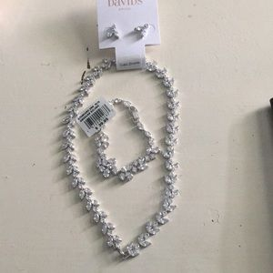Davids Bridal Necklace, Earings and Bracelet Set